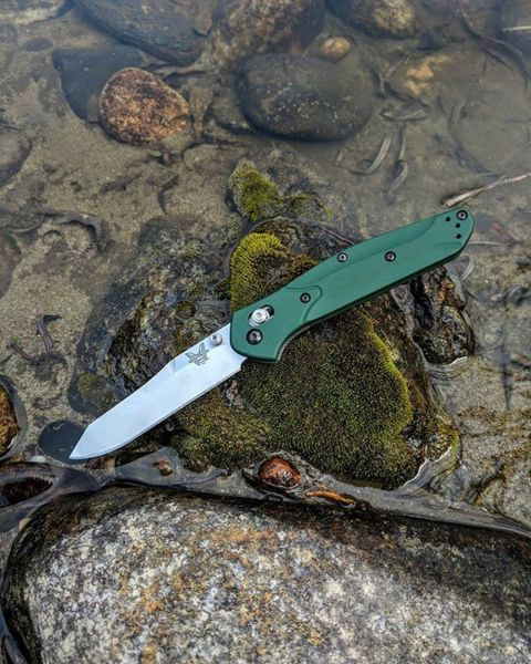 Benchmade - Happy saint Patrick's day 🍀🌿🍃🌲🍀 #benchmade940 #edc #knives #idaho #benchmade #blade #s30v